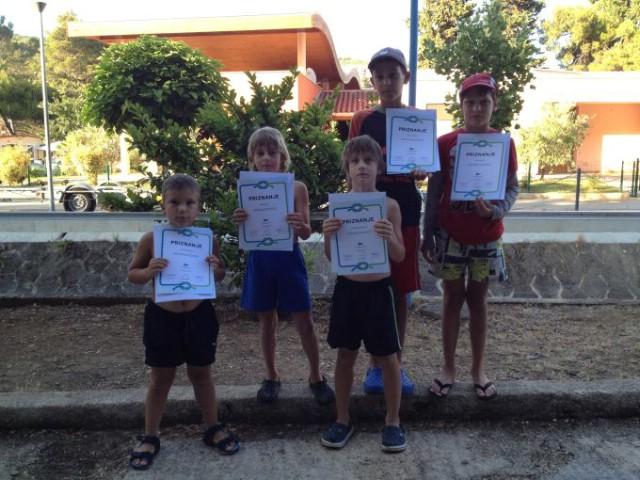 Prva grupa djece uspješno završila Školu jedrenja
