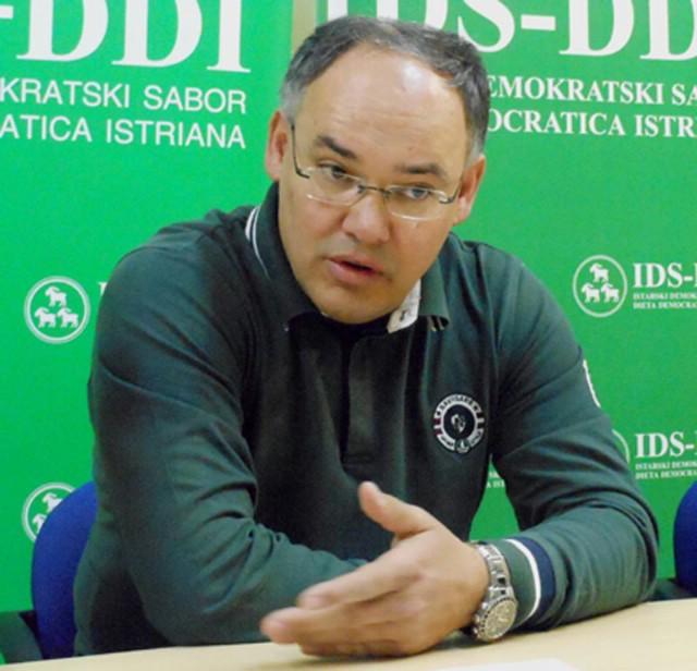 Kajin: Građani na referendumu moraju odlučiti o Plominu, neovisno o Čačiću