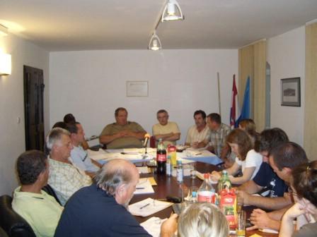 Je li načelnik Općine Pićan Ivan Franković izabran za člana Nadzornog odbora Vodovoda ili nije, nepoznato i nakon glasanja na sjednici tamošnjeg općinskog vijeća