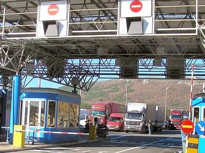 Zatvaranjem graničnog prijelaza Sočerge za teretni prijevoz od 1.3. najviše oštećeni Labin,Pazin i Buzet