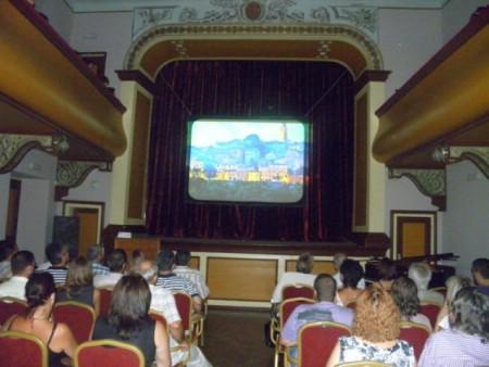 """Dokumentarni film """"Twinning towns Labin and Baja"""" prikazan u Malom kazalištu Labin"""