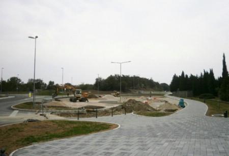 Dovršava se parkiralište ispred gradskog groblja