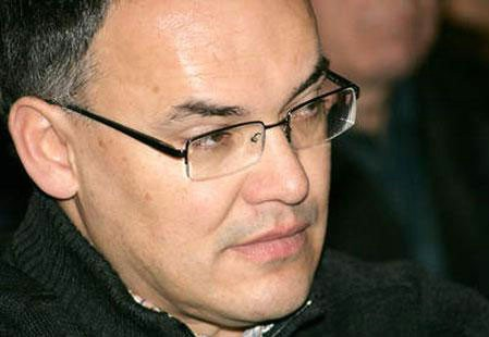 Kajin o Plominu: Štetna odluka za Istru, Jakovčić je na jednoj stolici sjedio samo u ''papamobilu''
