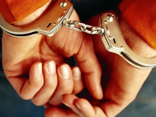 Puljanin (33) je iz šatorau Štinjanu ukrao torbicu  24-godišnje Labinjanke
