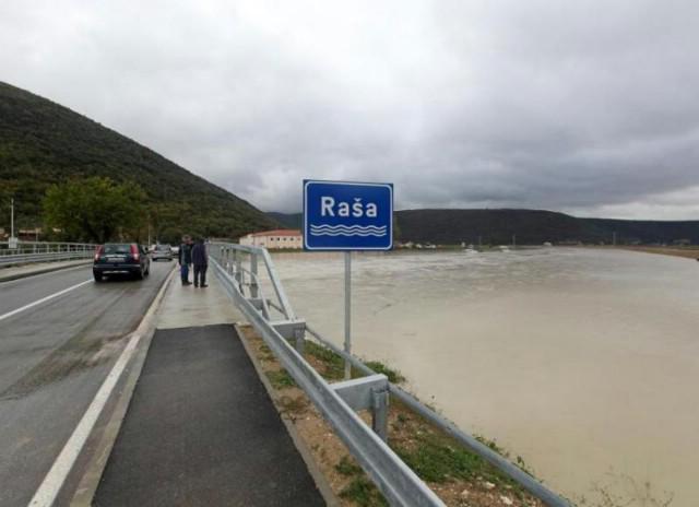 U Plominu (178 mm) i Labinu (154 mm) palo najviše kiše - poplavila Most Raša / izvanredne mjere zaštite od poplava uz sliv Raše (Fotografije)