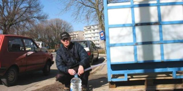 Labinski vodovod: Vodu za piće potrebno je prokuhati - građanima postavljeni spremnici s vodom!