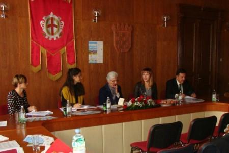 Izvid Prosudbene komisije za ocjenjivanje rezultata akcije `Gradovi i općine – prijatelji djece`