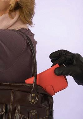 Štrmac: Muškarac s područja Kršana u trgovačkom centru ženi ukrao novčanik