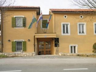 Općina Kršan sanirat će prostore bivše samačke u Potpićnu