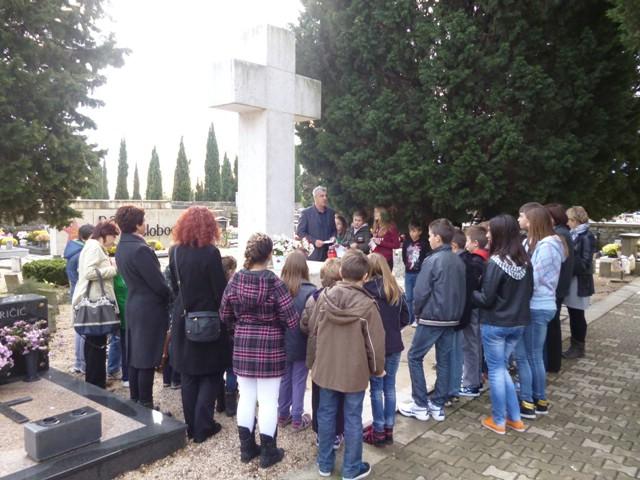 Svijeće i sjećanje na žrtve Vukovara