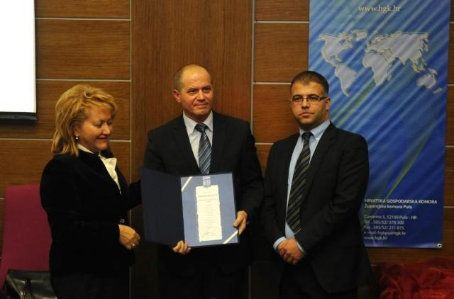 Labinskom Vodovodu i Elektri priznanje HKG-a kao tvrtkama koje desetljećima pridonose razvoju Istre
