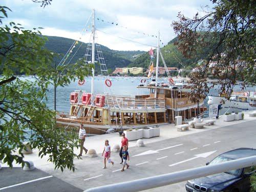 Udruženje obrtnika Labin : HITNA OBAVIJEST za  vlasnike brodica za prijevoz putnika - dokumentaciju dostaviti do 15. 2. 2013.