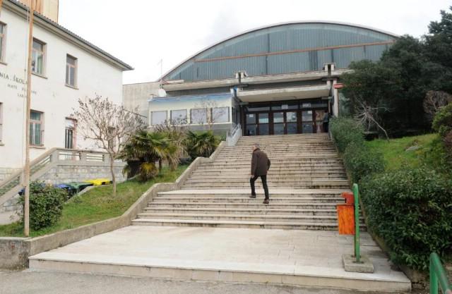 Hram labinskog sporta proplakao od muke - sportska dvorana nije obnavljana od 1978. godine od kad je sagrađena