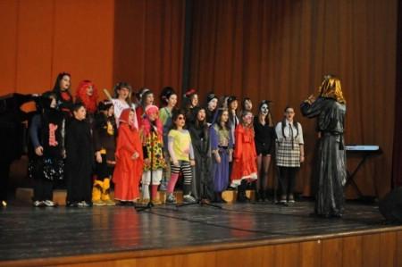 Koncert pod maskama učenika Osnovne glazbene škole Matka Brajše Rašana