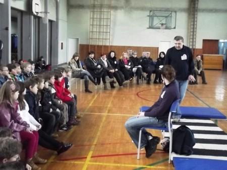 """Akcija """"Vidi i klikni"""" predstavljena u Osnovnoj školi """"Matija Vlačić"""""""
