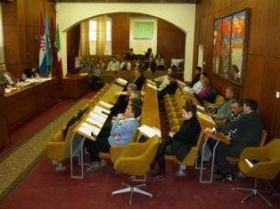 Izvješće sa 36. redovne sjednice Gradskog vijeća Grada Labina : Labin neće smanjiti komunalni doprinos za bespravne graditelje