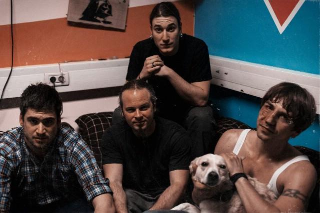Biker`s bar `X`:  Riječki rockeri u Labinu - KUNG FOO FIGHTERS i specijalni gosti GERILA 16. ožujka 2013.