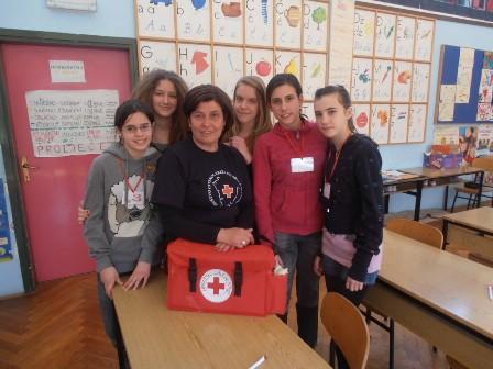"""Ekipa OŠ """"I.L.Ribar"""" Labin pobjednik gradskog natjecanja mladih Crvenog križa"""