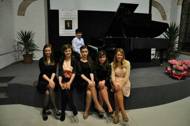 """Uspješni mladi pijanisti Osnovne glazbene škole """"Matko Brajša Rašan"""""""