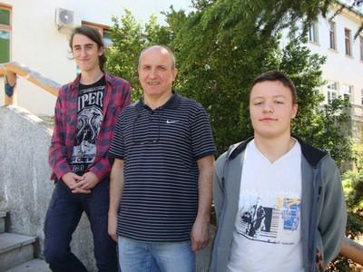 Mehatroničari Teo Bembić 5. a Viktor Gruičić 10. na državnom natjecanju pod mentorstvom Ivice Komadine