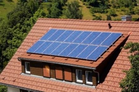 Grad Labin sufinancirat će ugradnju solarnih kolektorskih sustava za grijanje i pripremu potrošne tople vode u kućanstvima