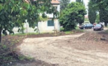 Gradi se novo parkiralište