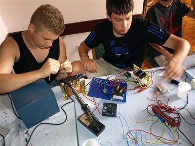 Uskoro 2. Ljetna  škola robotike i elektronike u Rapcu (24.-30.06.2013.)