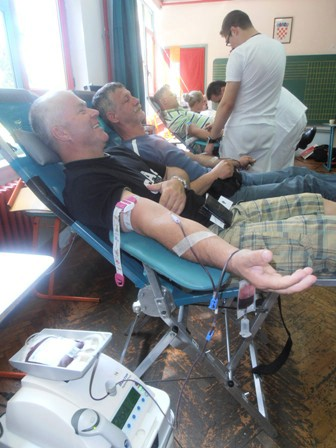 Na izvanrednoj akciji dobrovoljnog darivanja krvi prikupljeno 94 doza krvi