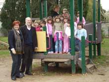 Obitelj Diminić-Štifanić poklonila djeci tobogan
