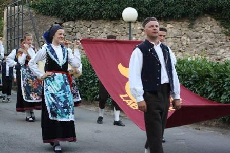 Labin će iduće godine biti domaćin Smotre narodne glazbe i plesa, zastavu će preuzeti u subotu u Medulinu