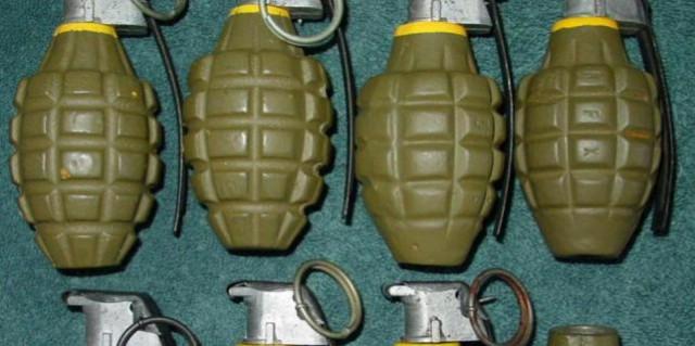 Kršan: Muškarac u čišćenju kuće  muškarac pronašao dvije ručne bombe i 34 komada različitog streljiva