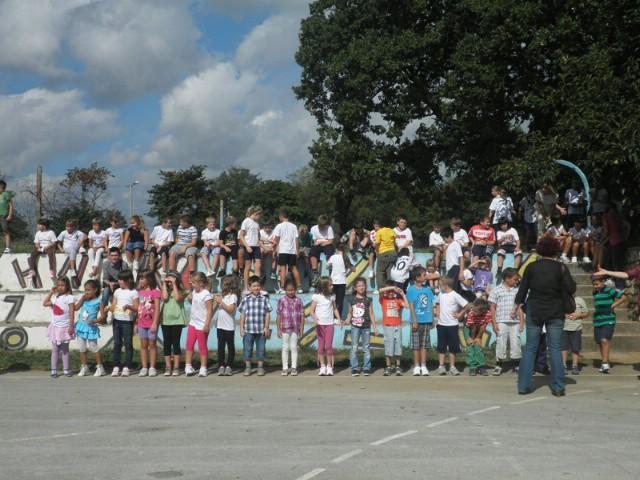 Učenici nedešćanske osnovne škole obilježili Hrvatski olimpijski dan