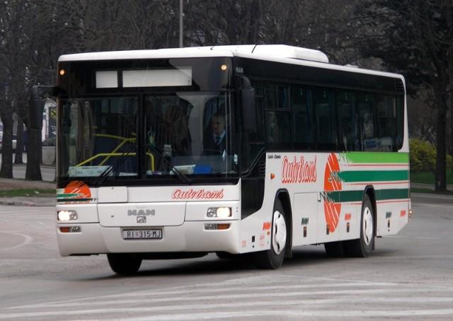 Istarska županija srednjoškolcima sufinancira 75 posto cijene autobusne ili karte za vlak