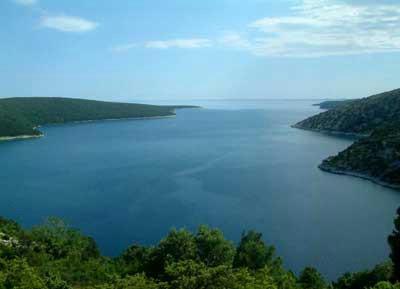 LNG terminal: Stručnjaci predložili Omišalj i Raški zaljev