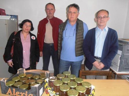 Pčelari donirali 98,5 kg meda labinskom Crvenom križu