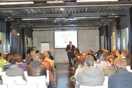 """Održan seminar """"Samoinicijativa za pokretanje vlastitih projekata"""""""