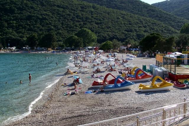 Počeli radovi na uređenju plaže i ulaza u more za osobe s invaliditetom