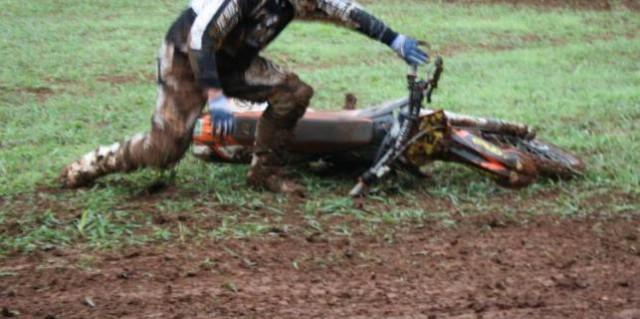 Martinski: Motociklist ozlijeđen pri padu na cross stazi