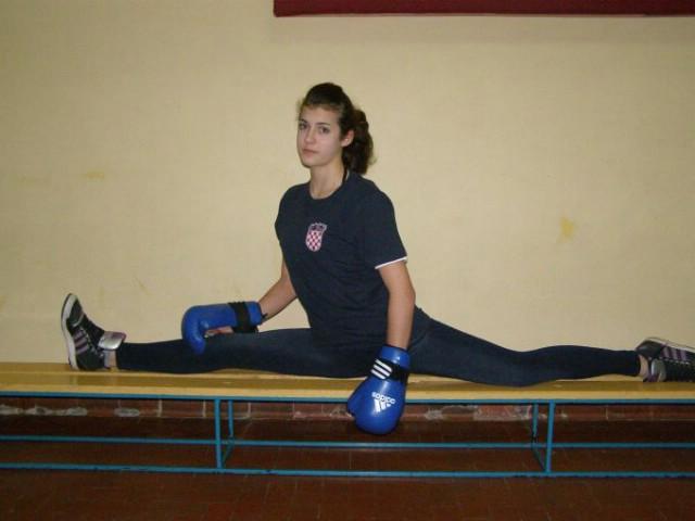Labinjanima 7 odličja na Internacionalnom kickboxing natjecanju  `Bosanska Krupa open 2014.`