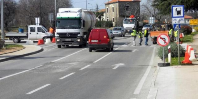 Labin: Gradi se rotor, zatvorena Pulska ulica