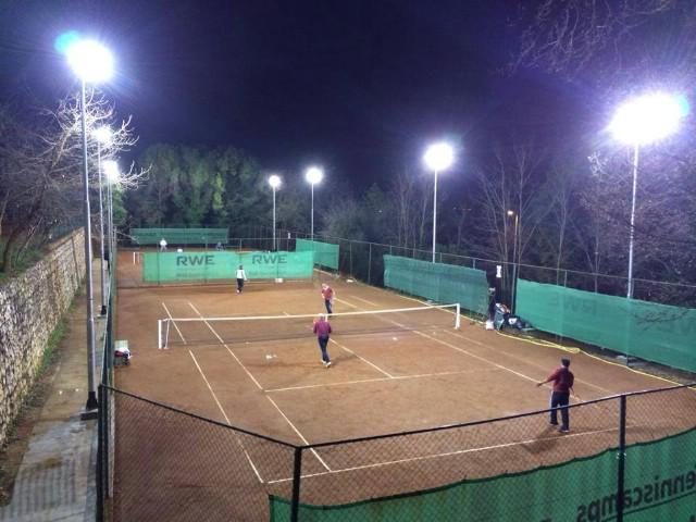 U Rapcu se tenis igra i noću