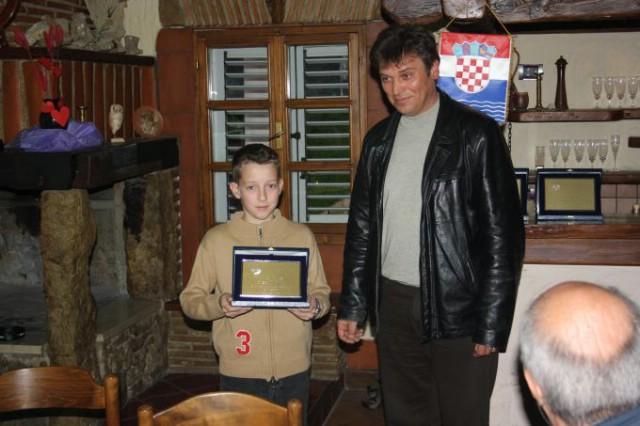 Stefanno Šimić, Marin Marković, Višnjica Bakija i Elvis Barak nauspješniji natjecatelji SRD Plomina u 2013. godini