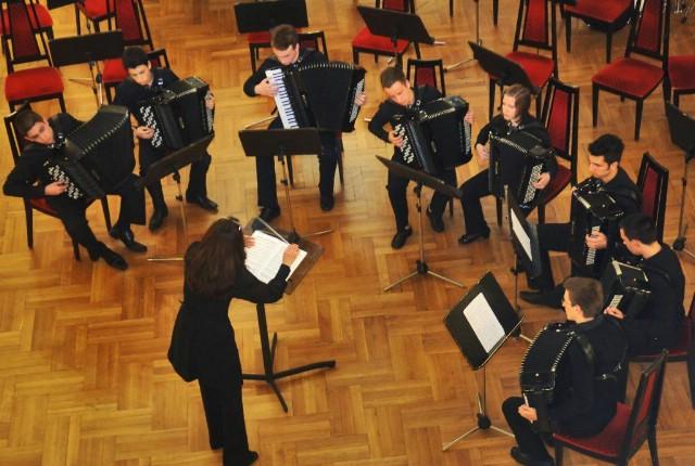 Orkestar labinske glazbene škole na obilježavanju dva desetljeća djelovanja Studija klasične harmonike u Hrvatskoj