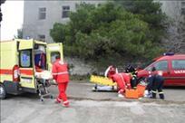 Radnik labinskog komunalnog pijan pao i teško se ozlijedio