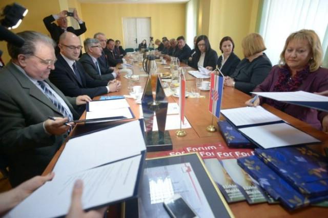 Nove mogućnosti za suradnju u EU projektima i gospodarskom povezivanju poduzetnika - Ugovor o suradnji Gospodarske komore Opole i HGK ŽK Pula