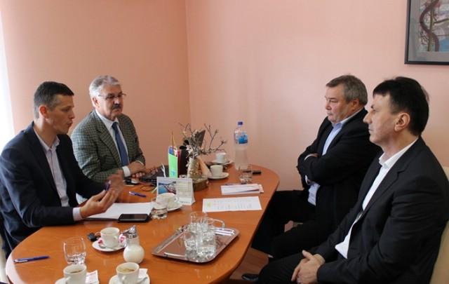 Župan Flego i suradnici na radnom sastanku s predstavnicima Općine Sv. Nedelja