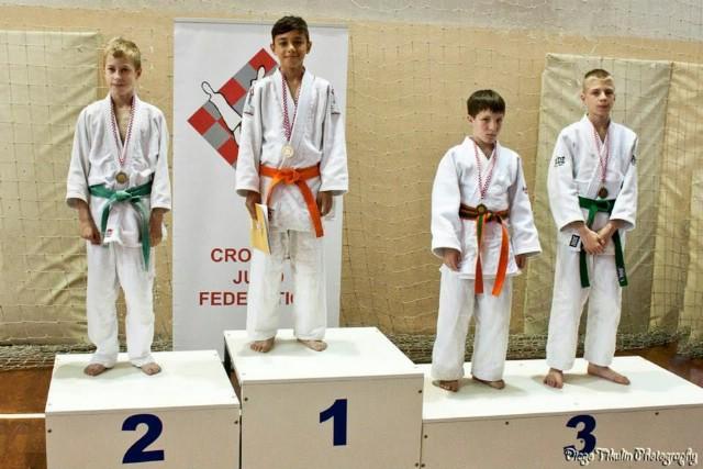 Petar Dundara viceprvak u kategoriji do 34 kg na Prvenstvu Hrvatske u judu za djevojčice i dječake u Solinu
