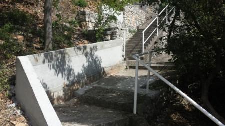 Sanacija javnih stepenica u Rapcu