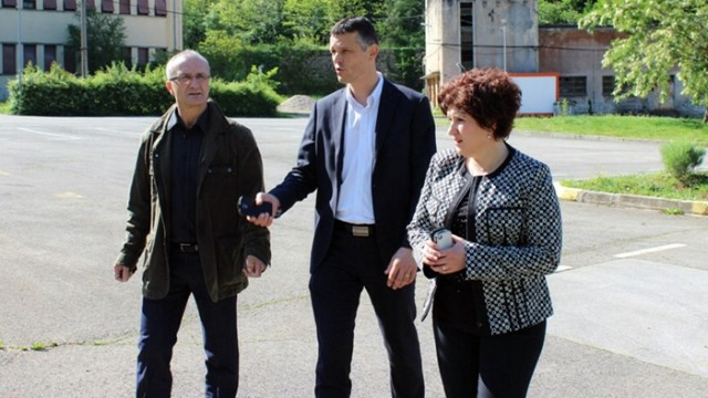 Župan Flego i suradnici na radnom sastanku s predstavnicima Općine Raša