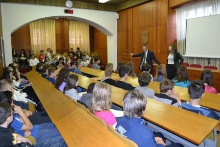 """Učenici talijanske škole """"Giuseppina Martinuzzi"""" iz Pule posjetili Labin"""